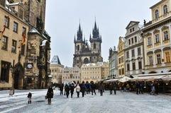 Quadrato di Città Vecchia di Praga nell'inverno Immagini Stock Libere da Diritti