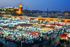 Quadrato di EL-Fnaa di Jemaa in Medina di Marrakesh, Marocco Fotografie Stock Libere da Diritti