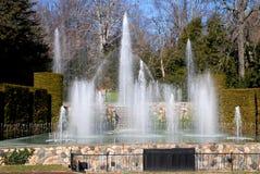 Quadrato di Kennett, PA: Longwood fa il giardinaggio fontane immagine stock