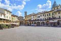 Quadrato di Matteotti in Greve in Chianti, Toscana, Italia immagine stock libera da diritti