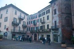 Quadrato di Moncalvo, una cittadina vicino ad Asti, Piemonte Fotografia Stock Libera da Diritti