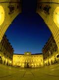 Quadrato di notte Fotografie Stock