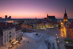 Quadrato di Varsavia Città Vecchia alla notte Immagine Stock