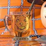 Quadrato di vetro di Halloween del sidro Fotografia Stock