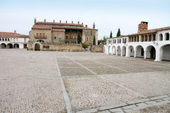 Quadrato principale, Garrovillas de Alconetar, Spagna immagini stock libere da diritti
