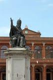 Quadrato Rimini di Cavour della statua di Papa Paolo V Immagini Stock Libere da Diritti