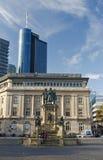 Quadratstatue Frankfurts Robmarkt Stockfotografie