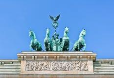 Quadriga πυλών του Βραδεμβούργου κλείνει την άποψη Στοκ εικόνες με δικαίωμα ελεύθερης χρήσης