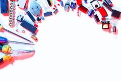 Quadro bonde dos componentes e das ferramentas foto de stock