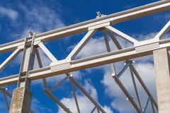 Quadro cinzento do metal de uma construção fotos de stock royalty free