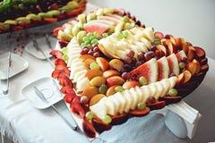 quadro Coração-dado forma feito do fruto imagem de stock