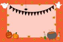 Quadro de avisos do convite para Dia das Bruxas Crânios, garrafas, fantasmas, abóboras, caldeirão, aranha em um fundo alaranjado ilustração royalty free