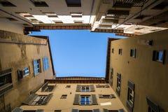 Quadro de construções velhas em Siena, Itália fotos de stock royalty free