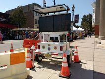 Quadro de mensagens posto solar, feira da rua do Dia do Trabalhador, Rutherford, NJ, EUA Imagens de Stock Royalty Free