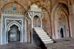 Quadro di comando o Minbar a Jami Mosque Mandav fotografie stock libere da diritti