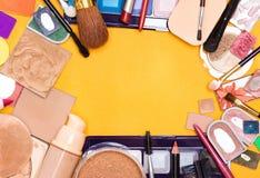 Quadro diferente do fundo dos cosméticos da composição fotos de stock