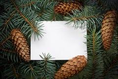 Quadro do Natal no fundo da árvore de Natal, tema do ano novo foto de stock
