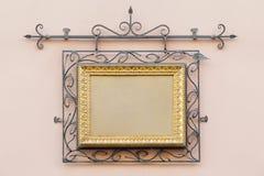 Quadro do vintage decorado com ferro forjado Fotos de Stock