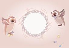 Quadro e duas corujas bonitos Fotos de Stock Royalty Free