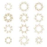 Quadro encaracolado do ouro ajustado no branco Imagens de Stock Royalty Free