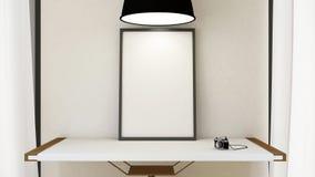 Quadro a imagem, a câmera na tabela de madeira e a lâmpada pendurado - 3D Rende Fotos de Stock