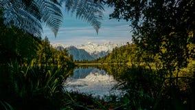 Quadro natural do matheson do lago imagens de stock royalty free