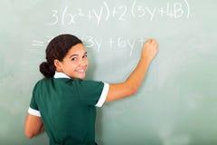 Quadro-negro das matemáticas do estudante Fotografia de Stock Royalty Free