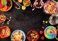 Quadro ou bordadura de doces coloridos Imagens de Stock Royalty Free