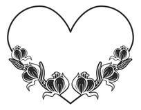 quadro preto e branco Coração-dado forma com silhuetas florais Fotos de Stock Royalty Free