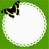 Quadro redondo da mola bonita com uma borboleta em um fundo de Imagens de Stock Royalty Free