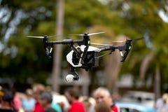 Quadrocopter-Brummen Lizenzfreie Stockfotografie