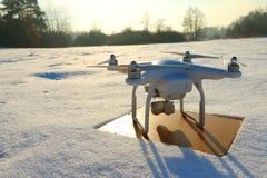 Quadrocopter del fuco con la macchina fotografica Fotografia Stock