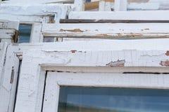 Quadros de janela de madeira brancos velhos Imagem de Stock Royalty Free