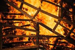 Quadros de madeira ardentes da mobília, exteriores imagens de stock royalty free