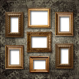 Quadros de madeira dourados para imagens na parede de pedra Imagens de Stock Royalty Free