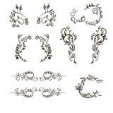 Quadros simples tirados do vintage do ornamento floral mão ajustada Imagens de Stock