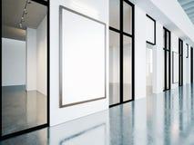 Quadros vazios na galeria contemporânea 3d rendem Fotografia de Stock