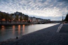 Quai de la Tournelle, Paris Imagens de Stock Royalty Free
