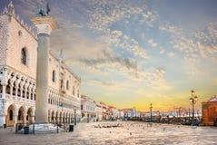 Quai de Palais des Doges et de Grand Canal, Venise photos stock