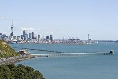 Quai de Ville-Conteneur d'Auckland Images libres de droits