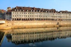 Quai Vauban, Besanzón, Francia fotos de archivo