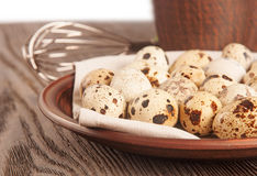 Quail eggs in a clay plate Royalty Free Stock Photos