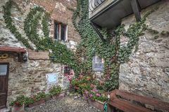 Quaint corner in Monteriggioni. Tuscany Royalty Free Stock Photography