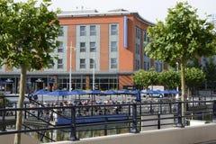 Quais de Gunwharf à Portsmouth l'angleterre Image libre de droits