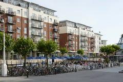 Quais de Gunwharf à Portsmouth l'angleterre Photographie stock libre de droits