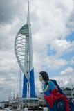 Quais Portsmouth Angleterre de Gunwharf de tour de spinnaker photos libres de droits