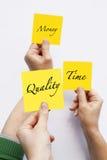 Qualidade do dinheiro do tempo Foto de Stock