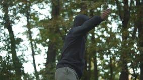 Qualifications principales de formation d'arts martiaux, guerrier disposant à combattre, autodéfense banque de vidéos