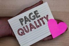 Qualità della pagina del testo di scrittura di parola Il concetto di affari per l'efficacia di un sito Web in termini di aspetto  fotografia stock libera da diritti
