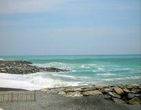 Quando il mare incontra il fiume fotografia stock libera da diritti